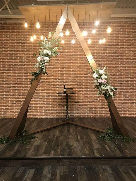 Diy Pallet Wood Wedding Archway Images