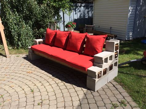 Diy Patio Couch From Cement Blocks
