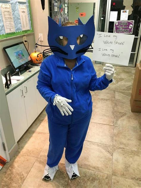 Diy Pete The Cat Costume I Love My White Shoes