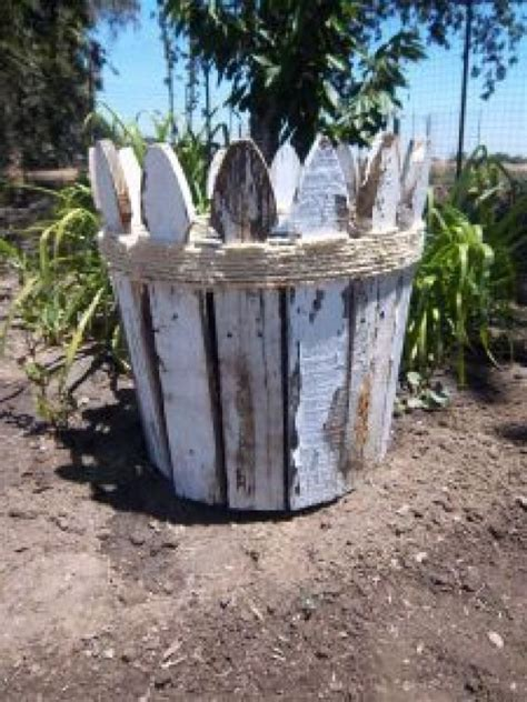 Diy Picket Fence Planter