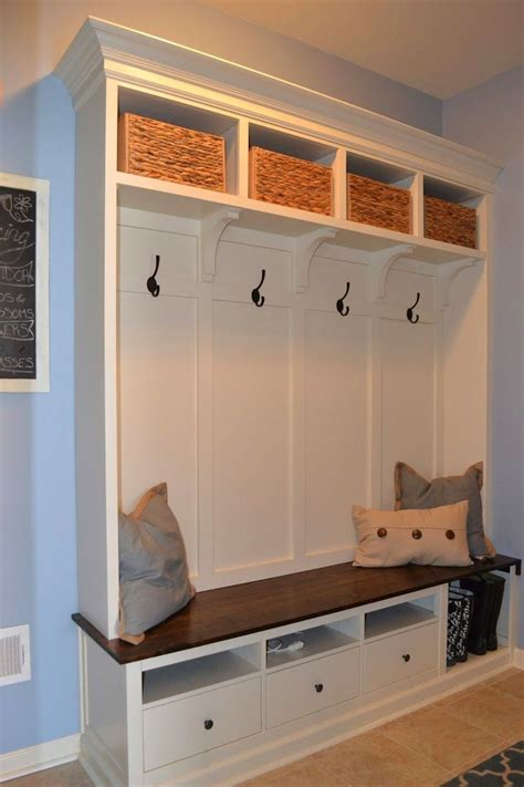 Diy Plans For Mudroom Bench