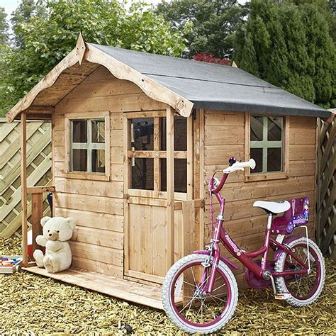 Diy Playhouse With Wood