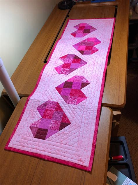 Diy Quilted Table Runner For Valentines Day