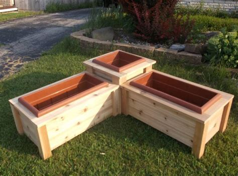 Diy Raised Planter Box Corners