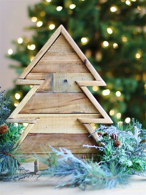 Diy Reclaimed Wood Christmas Tree