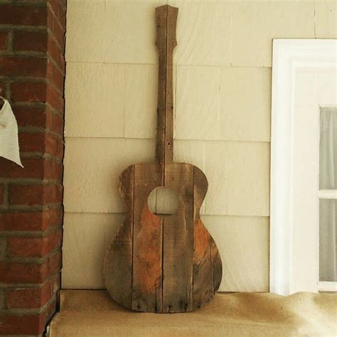 Diy Reclaimed Wood Guitar Art Projects