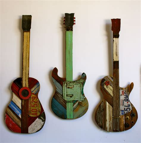 Diy Reclaimed Wood Guitar Artwork