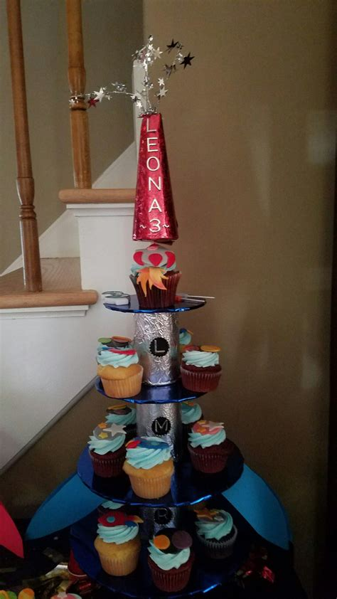 Diy Rocket Ship Cupcake Stand