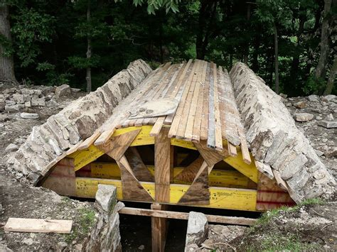 Diy Root Cellar Made With Logs
