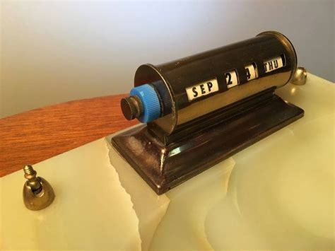 Diy Rotating Desk Perpetual Calendar