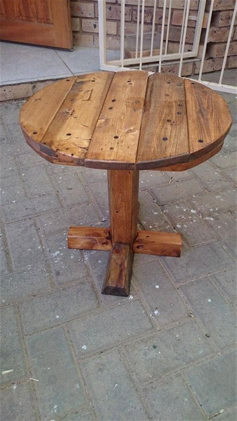 Diy Round Pallet Tables