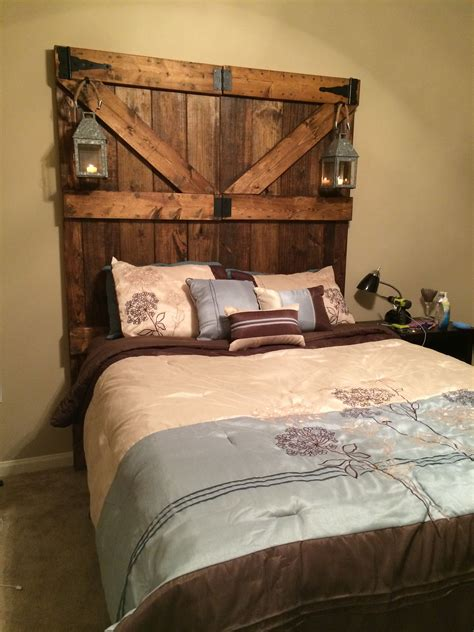 Diy Rustic Barn Door Headboard