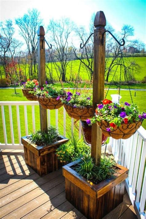 Diy Rustic Wood Landscape Projects