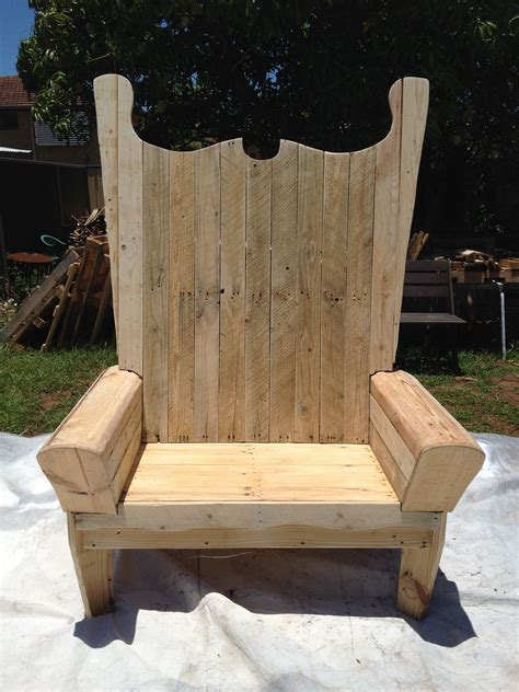 Diy Santa Chair