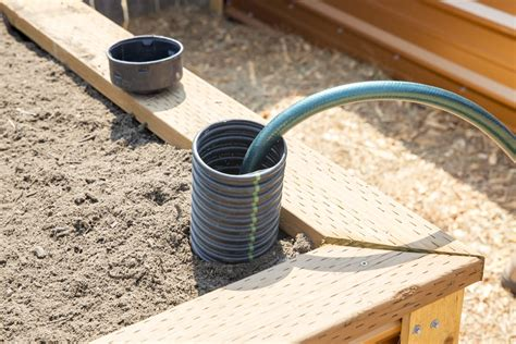 Diy Self Watering System For Raised Beds