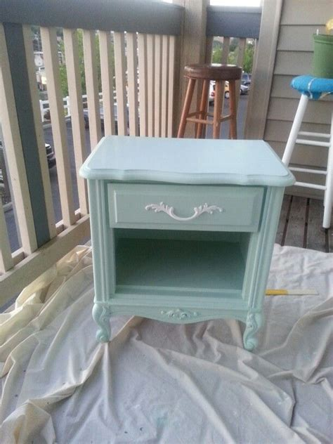 Diy Shabby Chic Bedside Table