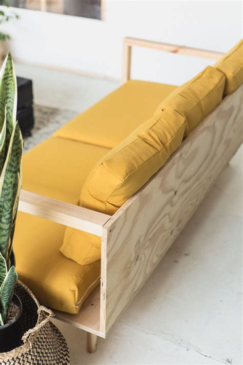 Diy Simple Wood Couch