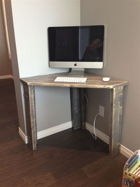 Diy Small Corner Computer Desk