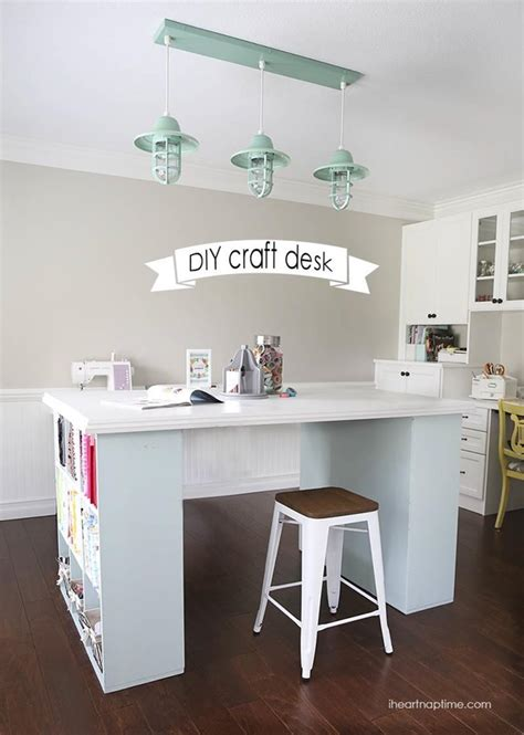 Diy Small Desk For Crafting In Bedroom