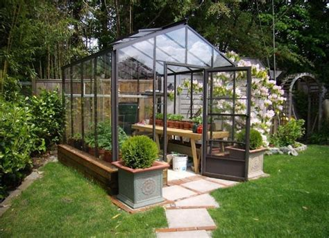 Diy Small Outdoor Greenhouse