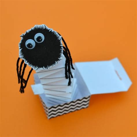 Diy Spider In A Box
