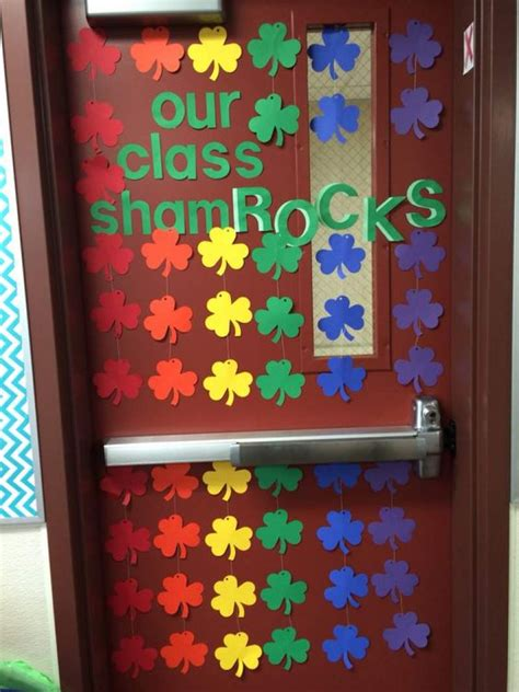 Diy St Pats Day Spray For Door Decorations