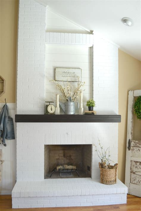 Diy Stucco Fireplace To Wood Surround Bathtub