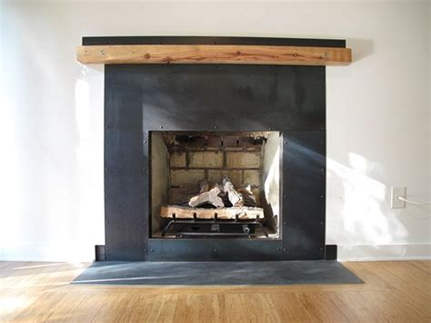 Diy Stucco Fireplace To Wood Surround For Metal Fence