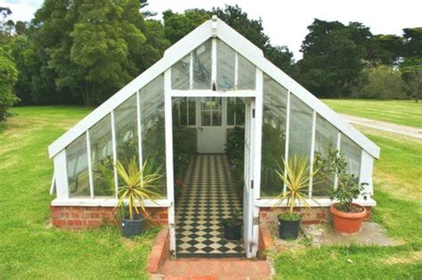 Diy Sunken Greenhouses