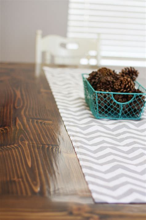 Diy Table Runners Pinterest Logo