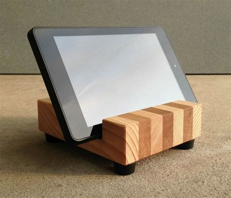 Diy Tablet Stand With Reclaimed Wood