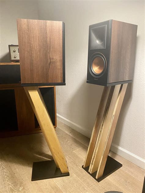 Diy Tall Speaker Stands