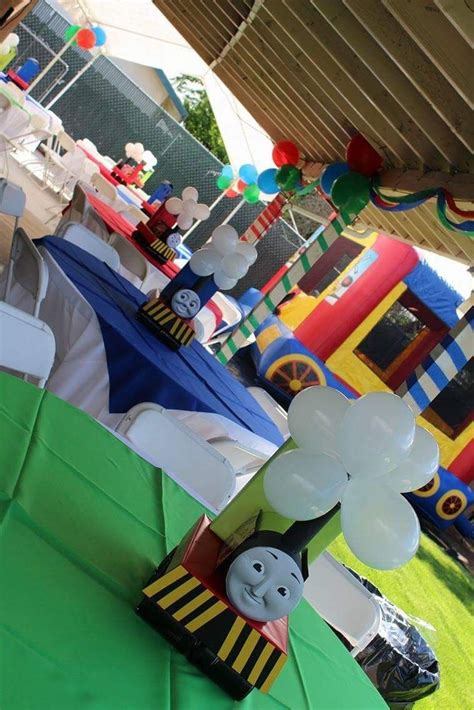 Diy Thomas The Train Centerpieces