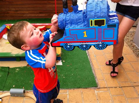Diy Thomas The Train Pinatas