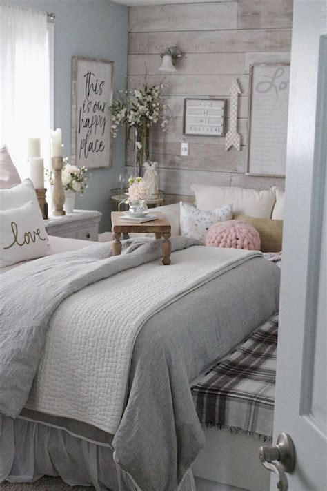 Diy Tiny Bedroom Makeover Ideas On Pinterest
