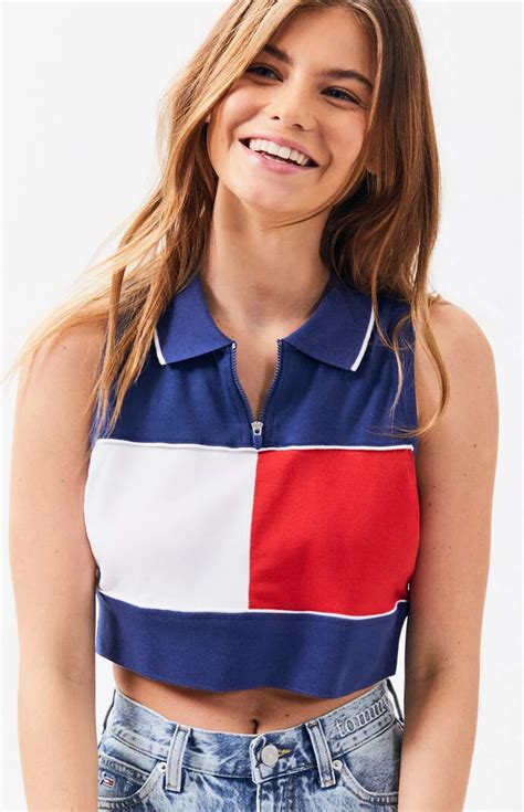 Diy Tommy Hilfiger Crop Top