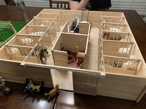 Diy Toy Barn Plans For Schleich Animals