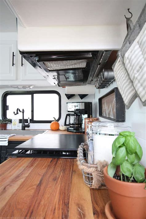 Diy Trailer Kitchen Remodel