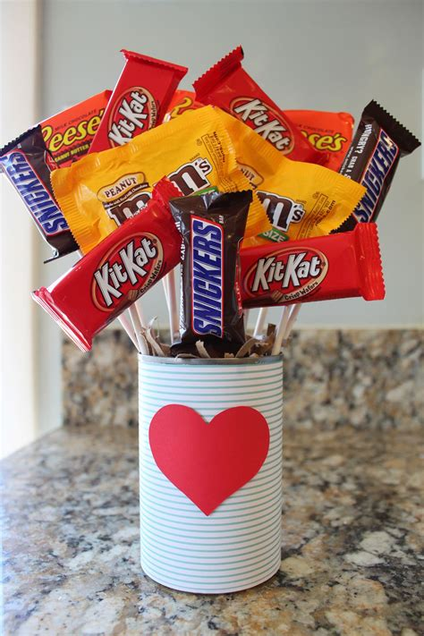 Diy Valentine Candy Bouquets For Him