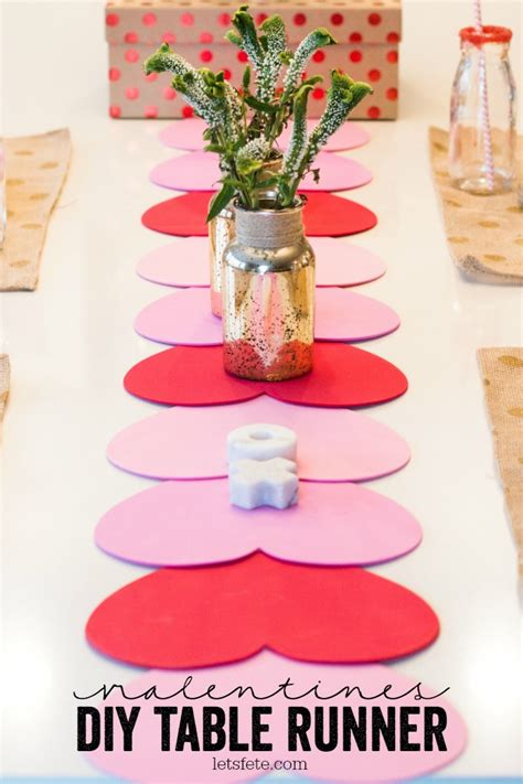 Diy Valentine Table Runner