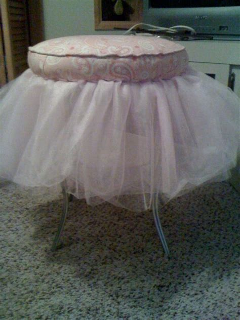 Diy Vanity Stool With Tulle