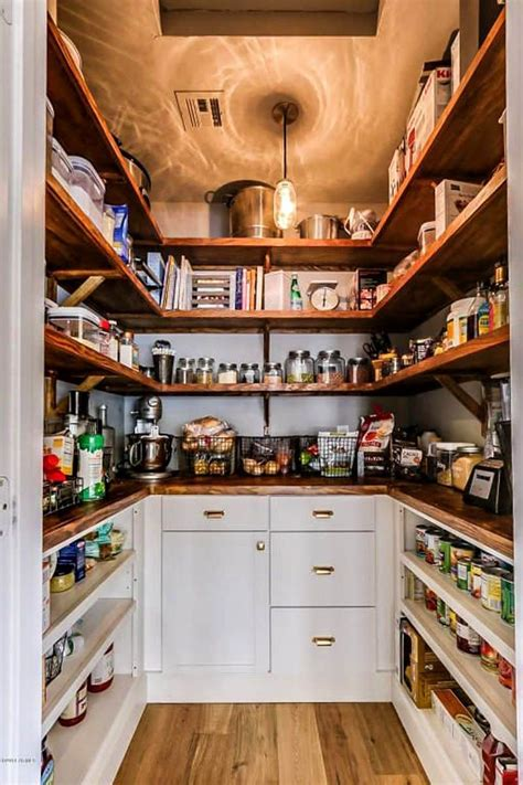 Diy Walk In Pantry