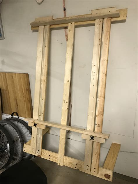 Diy Wall Easel Plans