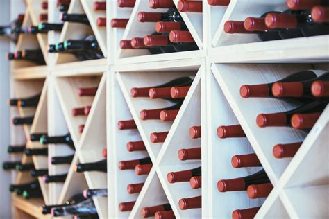 Diy Wall Mounted Wine Rack Plans