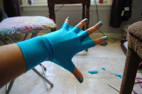 Diy Webbed Gloves