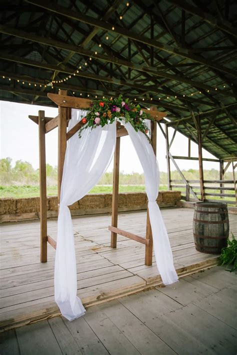 Diy Wedding Wooden Arch