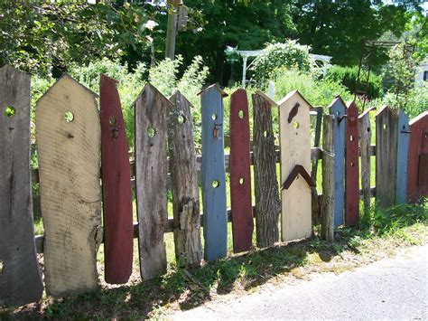 Diy Whimsical Fence