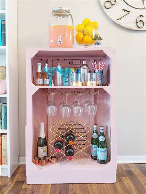 Diy Wine Cart From On Old Radio