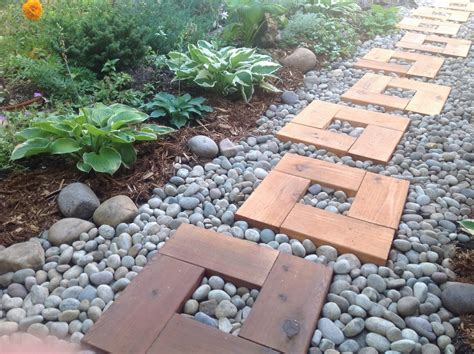Diy Wood And Pebble Garden Pavers