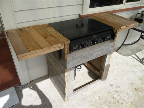 Diy Wood Bbq Stand